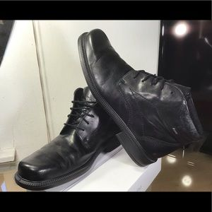 Ecco Men's ankle boots. Great Condition.
